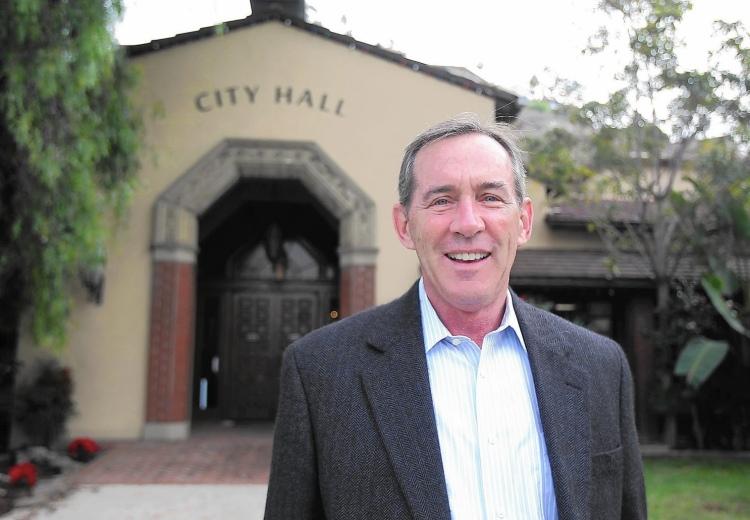 Bob Whalen endorses Mariann Tracy